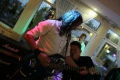 zespół muzyczny; Paweł Jelinek; gitara solowa